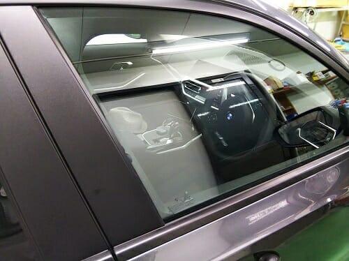 運転席、助手席へカーフィルム